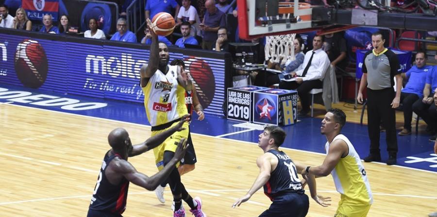 Víctor Rudd fue el mejor anotador por los Capitanes. (FIBA-Américas) (horizontal-x3)