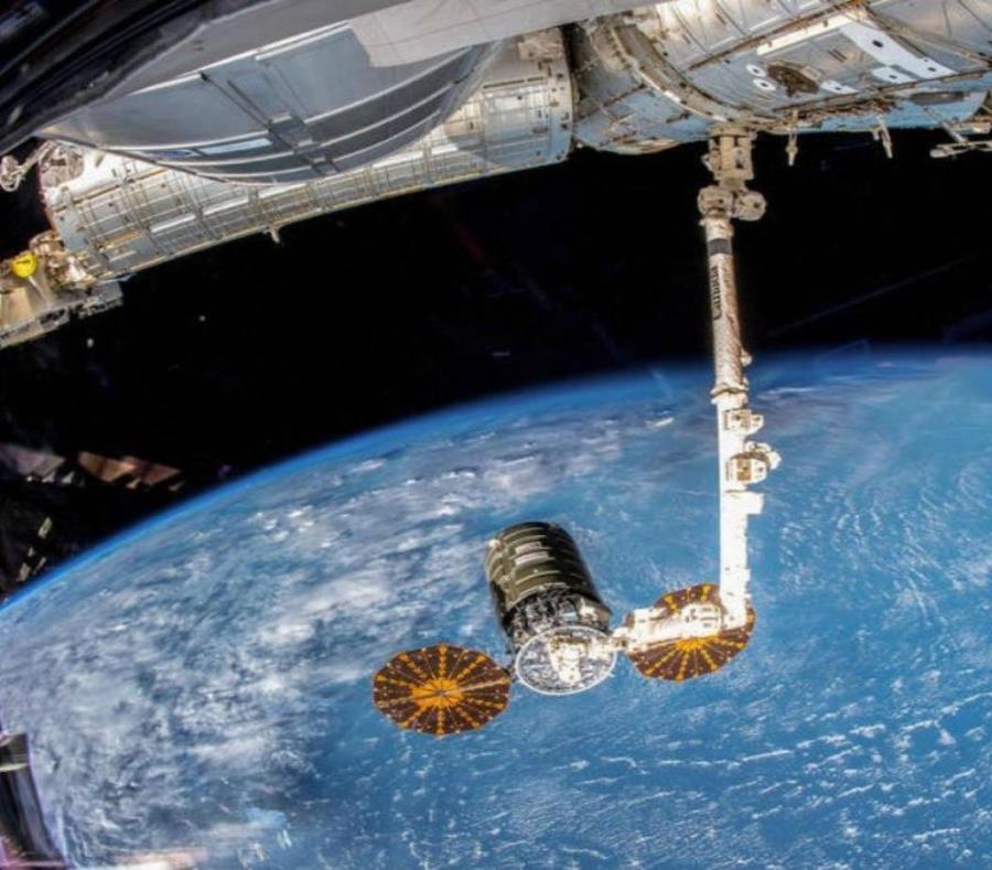 Basura espacial (semisquare-x3)