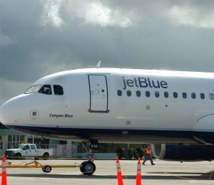 JetBlue revela informe sobre el valor de los arrecifes para el turismo en el Caribe