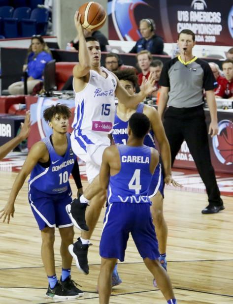 José Placer, jugador del combinado boricua. (Cortesía FIBA América) (vertical-x1)