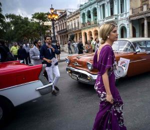 El presidente cubano inaugura un hotel de lujo