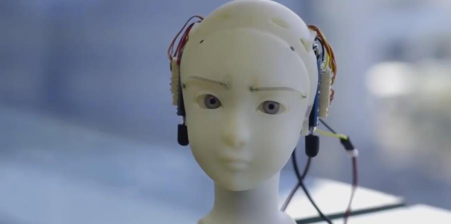 Un artista japonés desarrolla un robot con expresiones casi humanas (horizontal-x3)