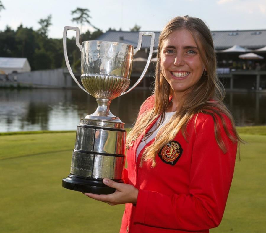 Celia Barquín ganó en 2018 el torneo femenino de golf Big 12 y fue nombrada deportista femenina del año en su Universidad Iowa State. (Captura / Twitter @EGA_golf) (semisquare-x3)