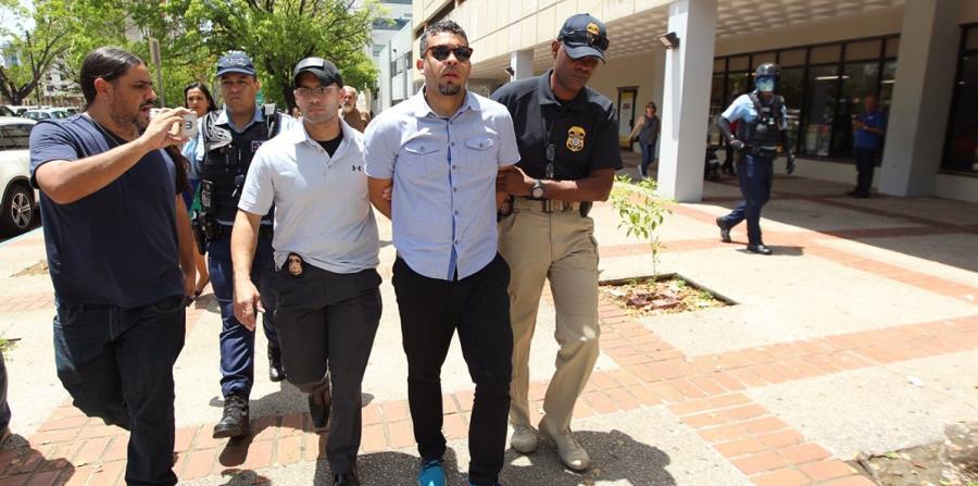 Tito Román fue arrestado cuando se disponía abandonar el Tribunal Federal. (horizontal-x3)