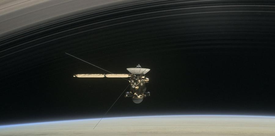 La nave no hará fotos durante su caída final a través de la atmósfera de Saturno. (horizontal-x3)