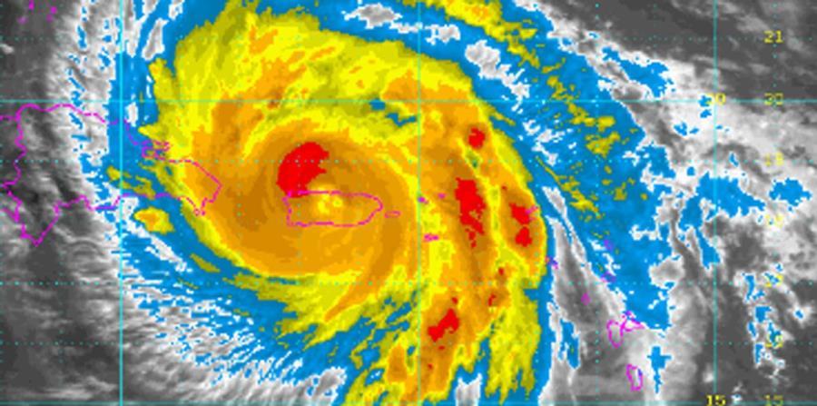 El ojo del hurac n mar a sali entre barceloneta y arecibo - Puerto rico huracan maria ...