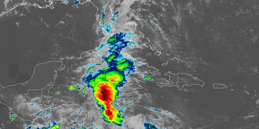 Imagen de satélite de la baja presión que se encuentra al este de Belice. (Captura / NOAA) (horizontal-x3)
