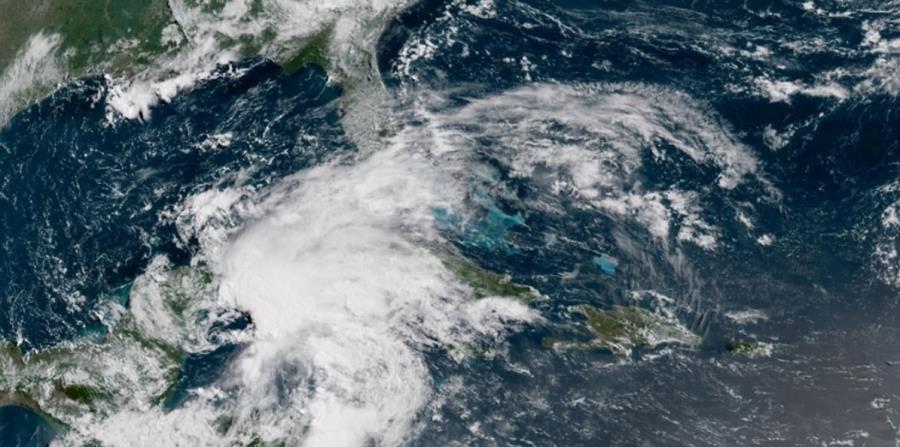 Imagen de satélite de la baja presión que tiene alto potencial de desarrollo ciclónico. (Captura / NOAA) (horizontal-x3)
