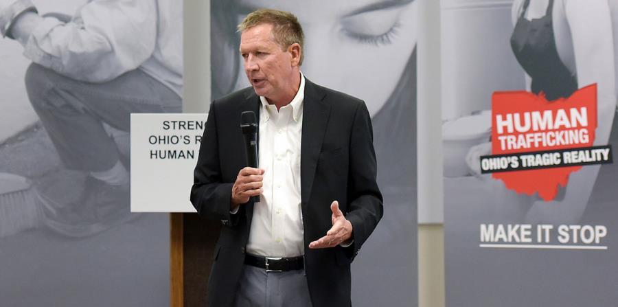El gobernador republicano de Ohio, John Kasich, durante una presentación. (Captura / governor.ohio.gov) (horizontal-x3)
