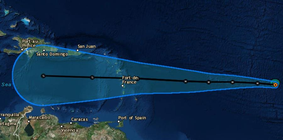 La imagen muestra la trayectoria que ha trazado el Centro Nacional de Huracanes sobre un mapa satelital del Caribe. (Captura / NOAA) (horizontal-x3)