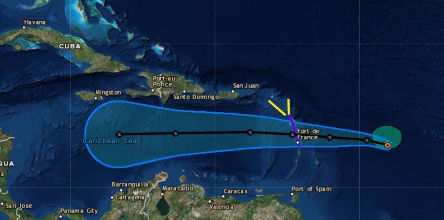 Proyección de trayectoria trazada sobre un mapa satelital. (Captura / NOAA) (horizontal-x3)