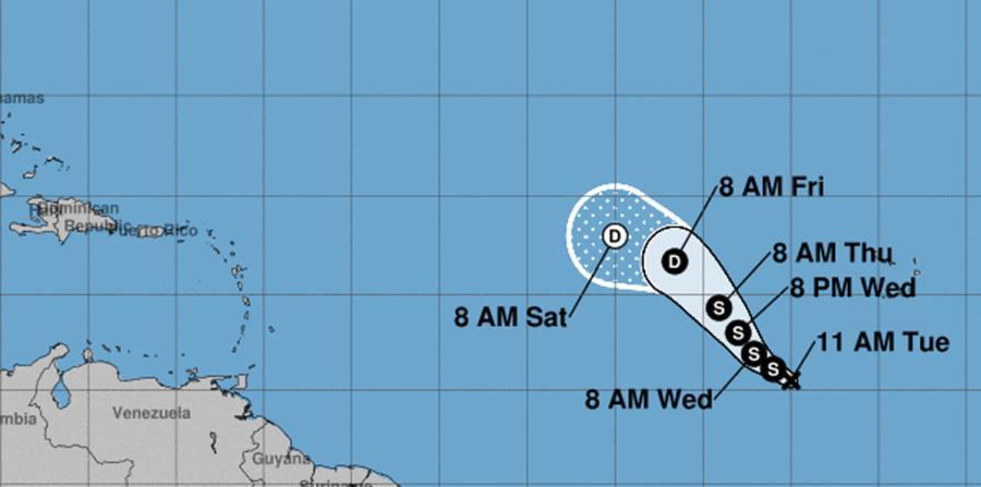 Mapa que muestra la trayectoria trazada por el Centro Nacional de Huracanes de la depresión tropical número 15. (Captura / NOAA) (horizontal-x3)