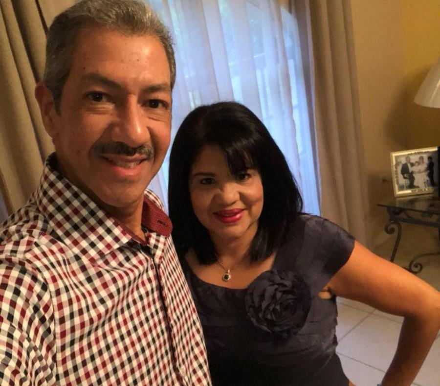 Marisol Rosario-Carmona junto a su esposo, Víctor López. (Suministrada) (semisquare-x3)