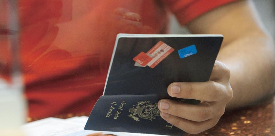 pasaporte (horizontal-x3)