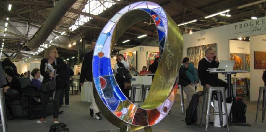Según el portal de Saatchi Art, la obra Light Infinity de Plamen Yordanov tiene un valor de $75,000. (horizontal-x3)
