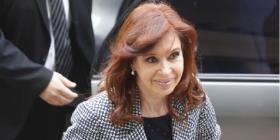 Envían a juicio a Cristina Fernández por una causa de sobornos millonarios