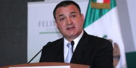 """Detienen a un ex alto funcionario mexicano por recibir sobornos del cártel de """"El Chapo"""""""