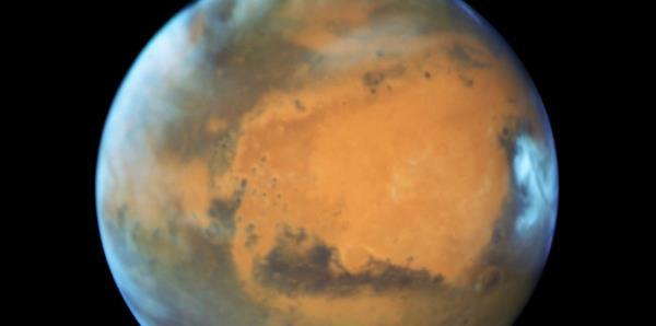 Los astronautas que viajen a Marte reducirán 2.5 años su esperanza de vida