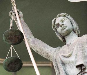 Asalto al acceso a la justicia
