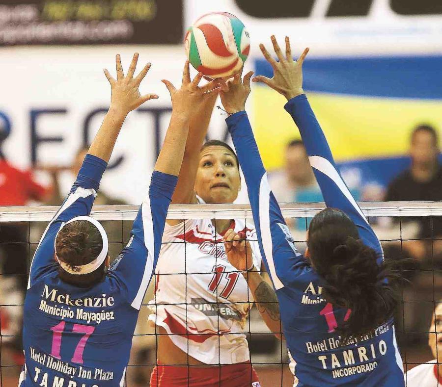 Por las Criollas, Karina Ocasio (rematando) logró trece tantos, mientras que Diana Reyes y Oneida González colaron diez unidades cada una. (semisquare-x3)