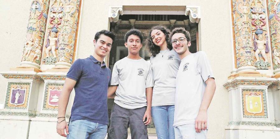 Estudiantes de ciencia brillan en China (horizontal-x3)