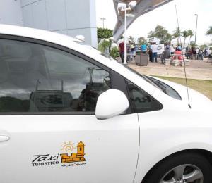 El oxímoron del taxi turístico