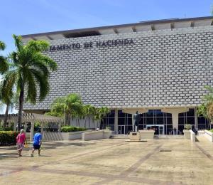 El banquete de tiburones y las deficiencias tributarias en Puerto Rico