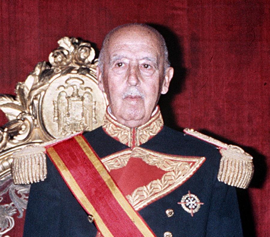 Más cerca la exhumación de Francisco Franco en España