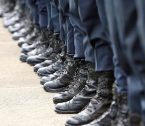 Juez federal incluye a la Junta en su orden para que se gradúen nuevos policías