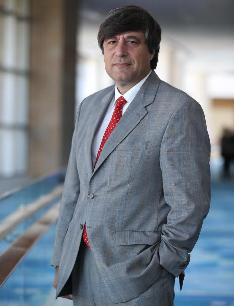 Gustavo Sorgente, director de Cisco para las regiones andina, caribeña y centroamericana, aseguró que es el momento para que reeducar a la población de modo que más personas se inserten en la tecnología. (GFR Media) (vertical-x1)
