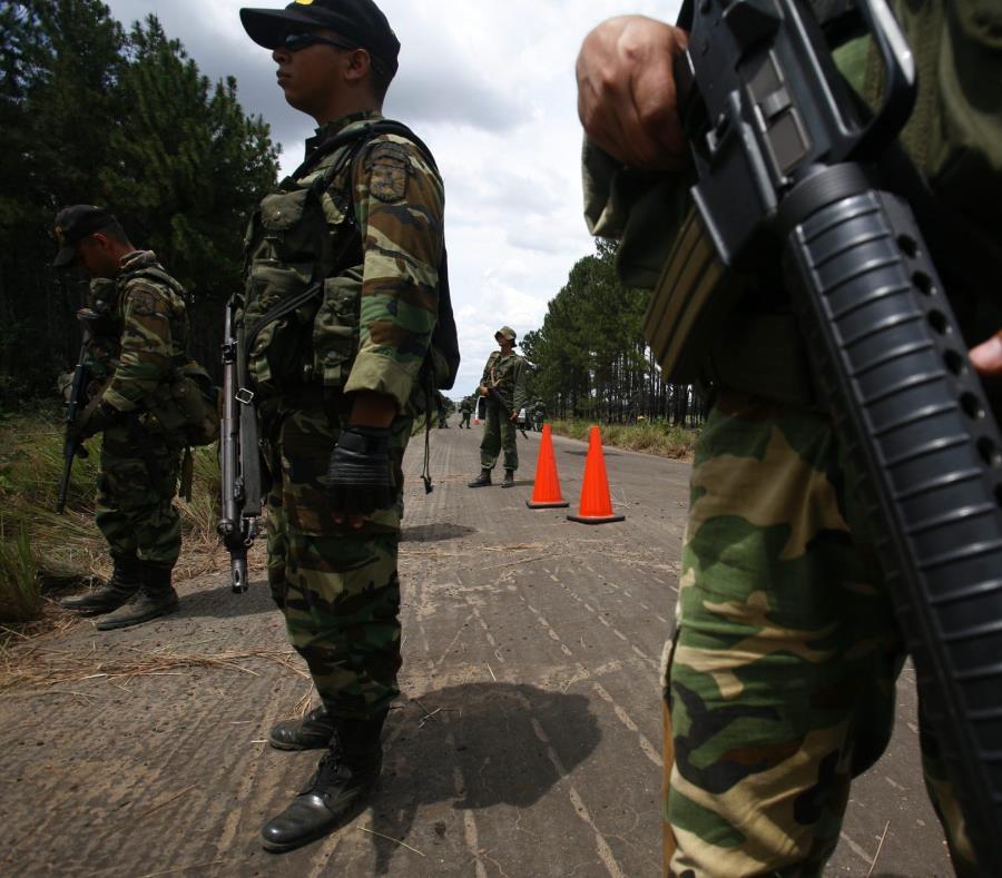 Venezuela advierte a causantes de muerte de militares de su