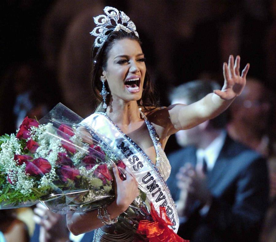 Zuleyka Rivera (2006) es la última beldad que cargó el título de Miss Universe en Puerto Rico. (semisquare-x3)