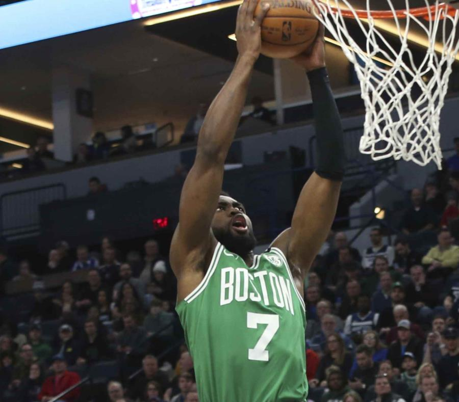 Celtics de Boston vence a Minnesota 117-109