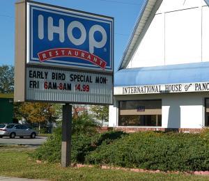 IHOP pasa a llamarse IHOb