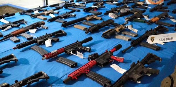 Arrestan a 31 personas por la venta de drogas y armas