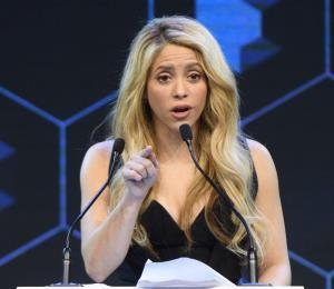 Denuncian a Shakira por presunto delito fiscal