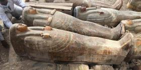 Arqueólogos descubren en Egipto 20 sarcófagos antiguos