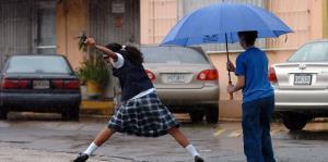 Emiten advertencia de inundaciones para siete municipios de la isla