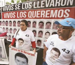 Escuelas recuerdan a los 43 estudiantes mexicanos desaparecidos