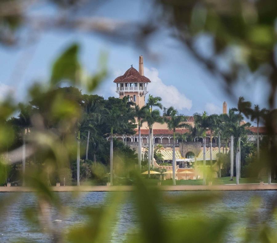 El club Mar-a-Lago, la residencia de invierno del presidente Trump, es visitado frecuentemente por la familia presidencial. (AP) (semisquare-x3)
