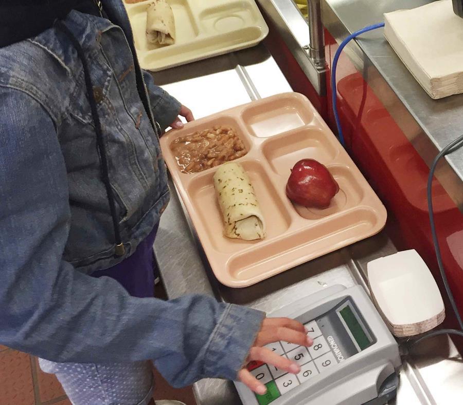 """La práctica denominada """"almuerzos humillantes"""" no es nueva, pero está siendo cada vez más cuestionada. (AP) (semisquare-x3)"""