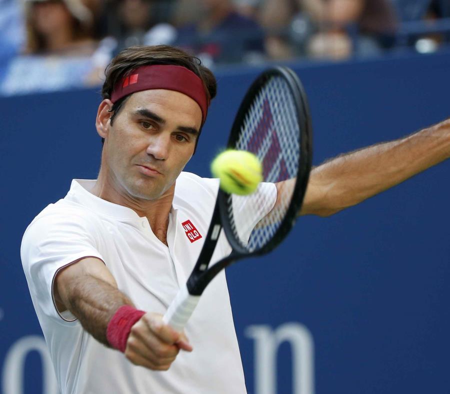 Roger Federer (semisquare-x3)