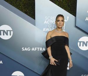 Jennifer López, Bad Bunny y Marc Anthony hacen emotivos homenajes a Kobe Bryant