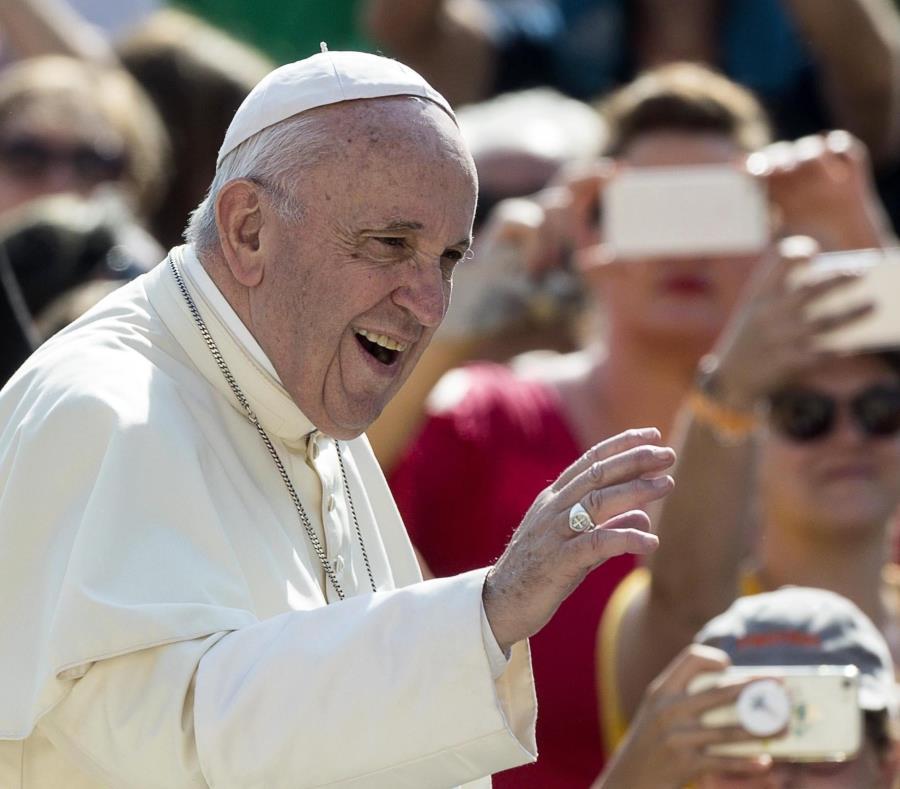 Fuerte respaldo de los obispos argentinos al papa Francisco (semisquare-x3)