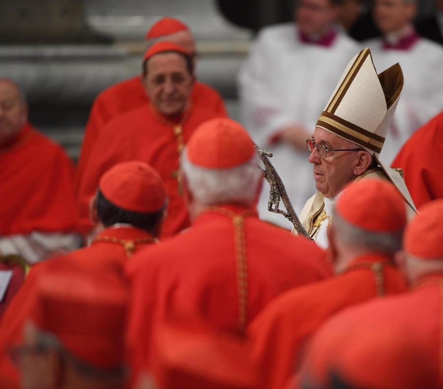 Los asesores del Papa preparan la respuesta a las denuncias del exnuncio Viganò (semisquare-x3)