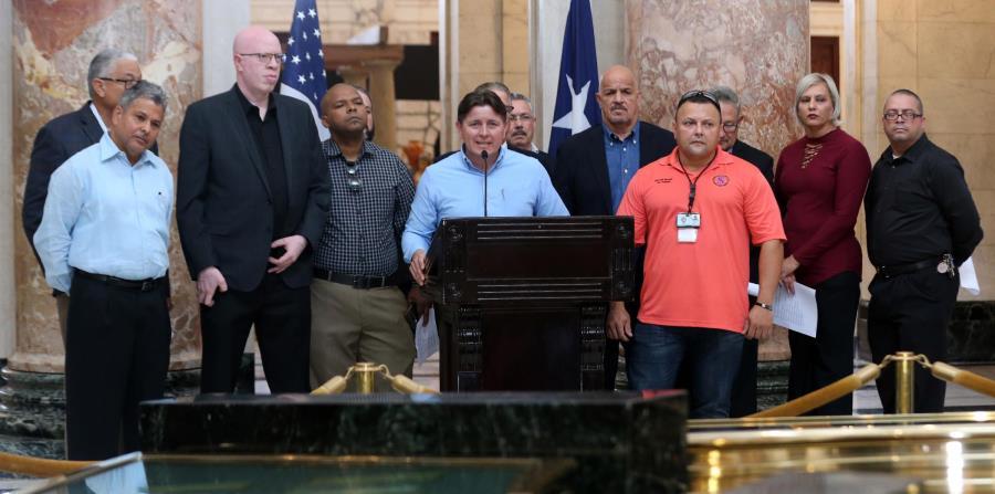 Ismael Rivera, presidente del Sindicato de Policías Puertorriqueños, y otros miembros de organizaciones bajo la sombrilla de Seguridad Pública, denuncian crisis en seguridad. (horizontal-x3)
