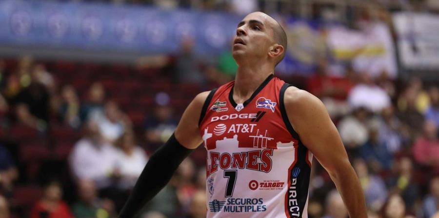 Carlos Arroyo ha continuado jugando con los Leones, tras radicar una reconsideración ante el BSN. (GFR Media) (horizontal-x3)