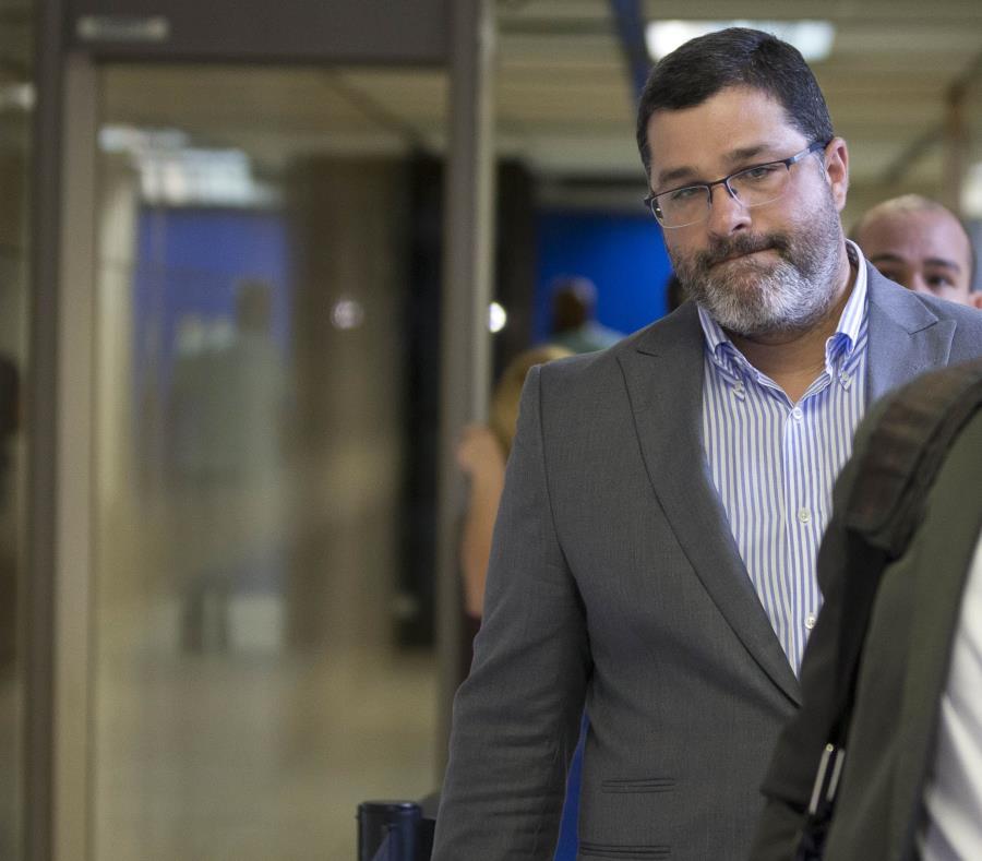 Luis Castro Agis, derecha se expone a una pena carcelaria de hasta 15 años. (GFR Media) (semisquare-x3)