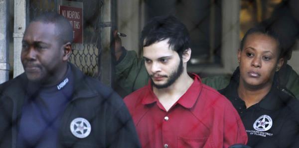 El boricua que perpetró un tiroteo en el aeropuerto de Florida no saldrá de prisión