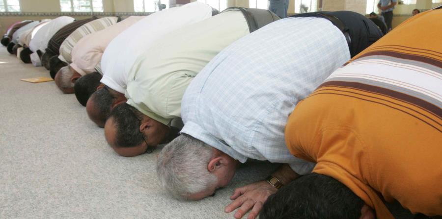 Al momento del estallido había entre 15 y 20 personas dentro de la mezquita. (horizontal-x3)